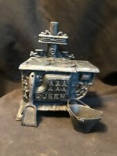 Vtg Mini CAST IRON QUEEN SALESMAN SAMPLE/TOY STOVE Coal Bucket,Shovel (A003)