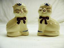 Ceramic Cat Salt & Pepper Shaker Set