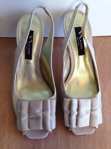 "Nina New York Spring Champagne Nude Formal Satin Open Toe 2 1/2"" Heels w Bow 7M"