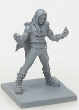 30mm Scale Miniatures: The Fangs Male A x 1 Grey Plastic