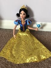 Snow White, Musical light-up doll with bird