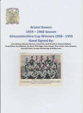 Bristol Rovers 1959-60 RARA ORIGINALE completamente a mano firmato Team Group CARD 15 x Sigs