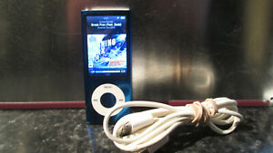 APPLE IPOD A1320 5TH GEN SPEAKER VIDEO CAMERA VGC WITH LEAD 8GB