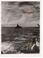 1944,The Japanese Navy;During manoeuvres in the Pacific:a Japanese Cruiser......