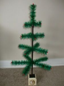 "VINTAGE 23""  GREEN CHRISTMAS FEATHER TREE! MADE IN THE USA!!"