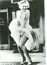 MARILYN MONROE FAMOUS DRESS/ SAM SHAW POSTCARD(114*)