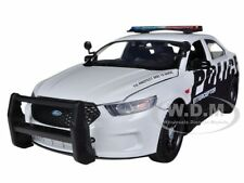 2013 FORD POLICE CAR INTERCEPTOR 1/24 DIECAST CAR MODEL BY MOTORMAX 76952