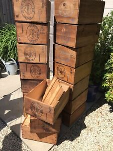 VINTAGE WOODEN BOX CRATE - AUSTRALIAN CHEDDAR CHEESE BOX - SHOP DISPLAY -1960s