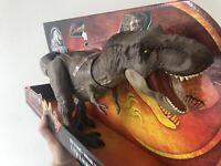 Jurassic World T-REX Tyrannosaurus Dino Rivals Bite N Fight Action Figure *NEW*