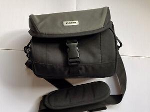 Canon shoulder Camera bag ideal for Canon Nikon, Sony Etc