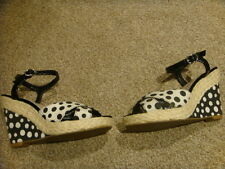 WOMENS WEDGES SIZE 3 - MARKS AND SPENCER M&S - BLACK AND CREAM