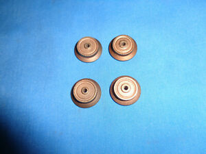 4 American Flyer S Gauge Flanged Brass Wheels for Freight and Passenger Cars.