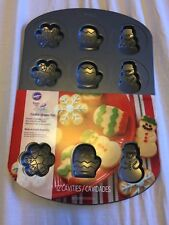 Wilton Cookie Shapes Pan 12 Cavities Snowflakes Mittens Snowman New non-stick