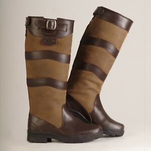 CHILTERN COUNTRY BOOTS size 8 WIDE CALF.