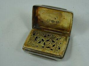 PRETTY WILLIAM IV solid silver VINAIGRETTE, 1831, 14gm