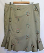 NO LABEL ~ Light Tan Sand Beige Flared Pencil Skirt w Embroidered Flowers 20
