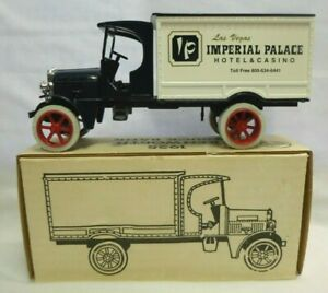 Ertl Collectibles 1925 Kenworth Diecast Truck Bank Imperial Palace 1:30 Scale