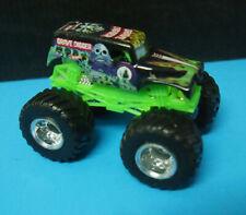 Hot Wheels Monster Jam Gravedigger 1:64 version 2