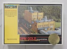 WOODLAND SCENICS 1/160 N SCALE WOODS FURNITURE CO DPM GOLD PRE-FAB KIT 66000 F/S