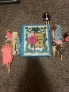 1968 Barbie Double Doll Travel Case With 6 Vintage dolls and lots clothes Rare!!