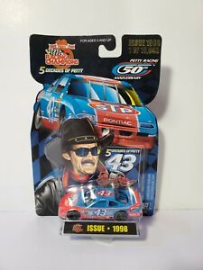 Racing Champions 5 Decades Of Petty #43 Issue 1998 1:64 Scale Diecast Nascar