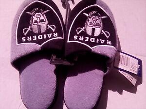 Oakland Raiders Slippers - NEW
