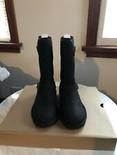 UGG (R) Australia Womens W Sutter Boot Size 6M Color Black