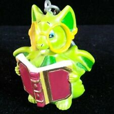 """Pocket Dragon Real Musgrave Keychain """"Dragon with Book"""" 1999"""