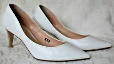 White shoes size 7.5 inc Made in Japan