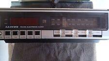 Lloyd Electronics Am Fm Digital Alarm Clock Radio J230
