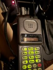 MOTOROLA flip Phone With Car Charger