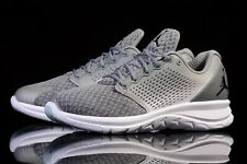 NIKE JORDAN TRAINER ST Hiver Baskets Gym Casual-UK taille 9 (EUR 44) Cool Gris