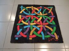 SUPERBE HAND MADE HOOKED CARPET 22''1/2 X 23''