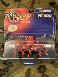 NASCAR 1998 Winners Circle 1:64 Pit Row Dale Earnhardt Coca-Cola Car - Kenner