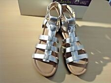 Clarks - 9,5 - Luxurious  Gold Leather Viveca Myth Gladiator Sandal - NWT $149