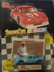 1993 NASCAR Stock Car #71 DAVE MARCIS 1:64 Diecast Car w/ Stand & Card - NOS