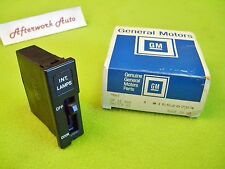 GM 15528754 Dome Lamp Switch for 1985-1989 Chevy Astro & GMC Safari Vans
