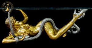 FINE ARTS Wohnkultur Bronze Sculpture Figure Erotic Cobra Girl Coffee Table