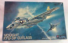 Fujimi Vought F7U-3P Cutlass Photo Recon 1/72