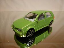 BBURAGO VW VOLKSWAGEN GOLF 1998 - GREEN 1:43 - GOOD CONDITION