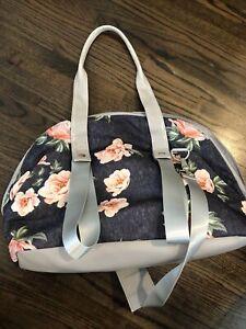 Vooray Floral Duffle Bag