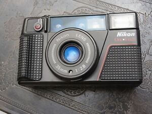 TESTED Nikon OneTouch L35AF2 Film Compact Camera 35mm f/2.8 Point n Shoot cla'd