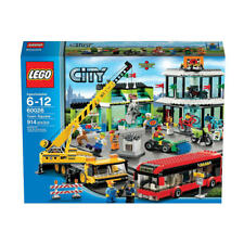LEGO  City -  60026 -  Town Square - NEW