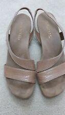 Genuine Aerosoles Ladies sandals Sz 8 - near new