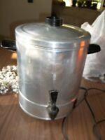 Vintage REGAL 40 Cup Coffeepot Percolator Great!