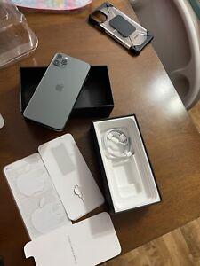 Apple iPhone 11 Pro Max - 64GB - MidnightGreen (fully Unlocked)