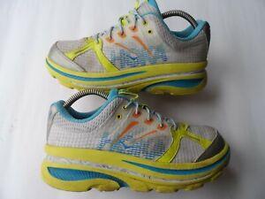 HOKA ONE ONE WOMEN'S 'BONDI B' CITRUS & WHITE RUNNING SHOES SZ 6.5 UK/40 EU/9 US