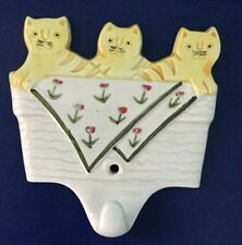 New listing Three Little Kittens White Ceramic Wall Hanging Hook Yellow Tabby Cats 3.75�
