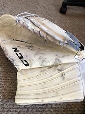Ccm Extreme Flex 500 Goalie Catch Glove Regular Rg Int White Used