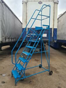 Mobile Workshop / Warehouse Access Steps - 8 Tread